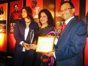 Ms. Hina Shah receives the Titan Be More Legend Award